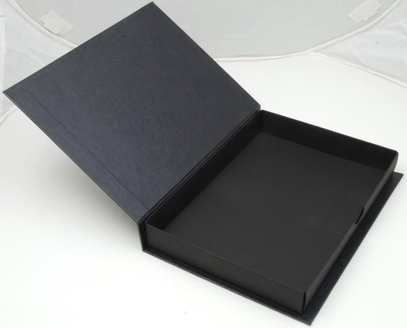 Pudełko z kartonu