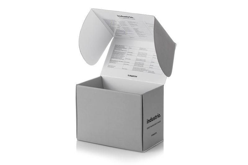 Pudełko z tektury falistej otwarte