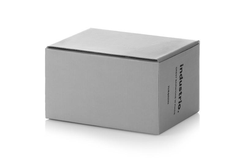 Pudełko z tektury falistej zamknięte